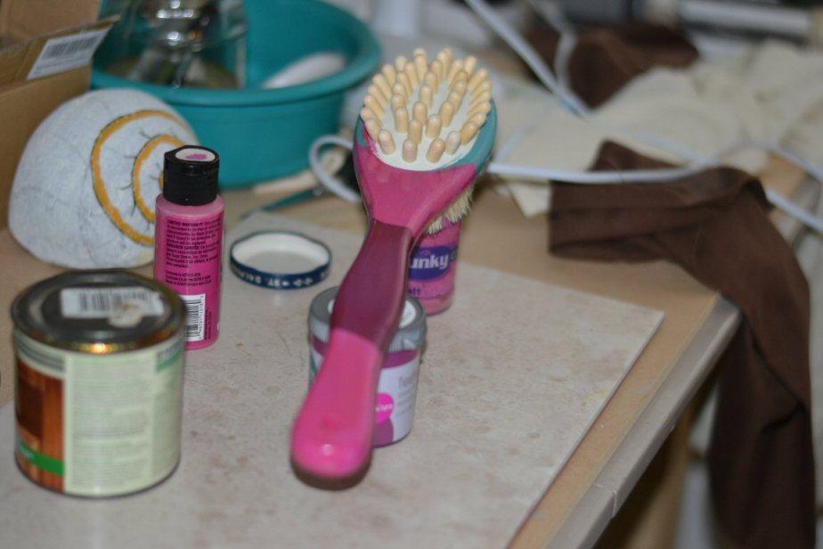 painted bath brush