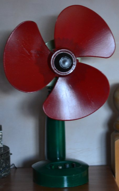 poppy fan a